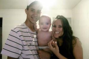 Patrícia Honorato com seus dois filhos
